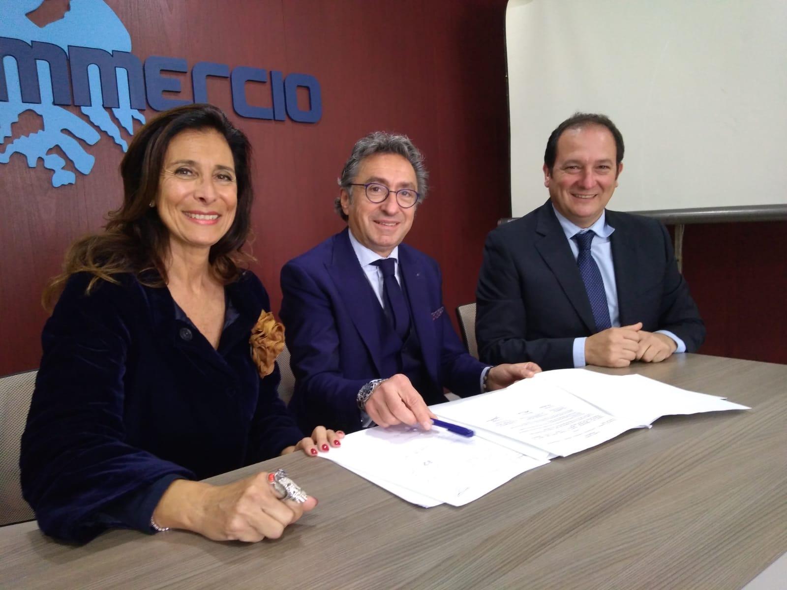 Da sinistra: Patrizia Di Dio, Valentino Di Pisa, Alberto Argano